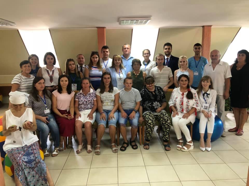 Вихованці Центру реабілітації «Родинний затишок» отримали подарунки від партнерів ФУМД